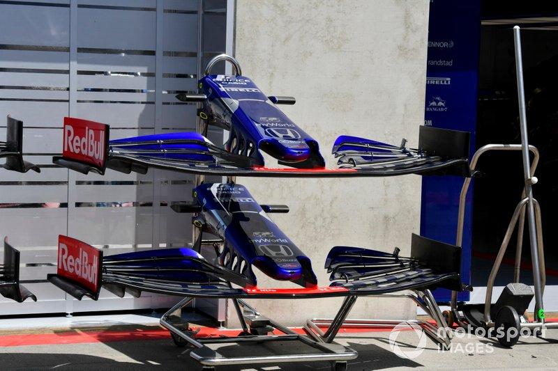 Alerón delantero del Toro Rosso STR14