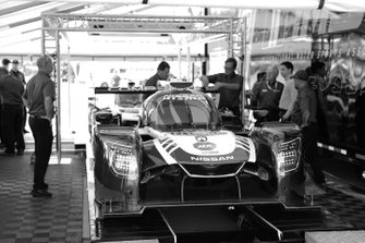 #54 CORE autosport Nissan DPi, DPi: Jonathan Bennett, Colin Braun, Romain Dumas, tech inspection