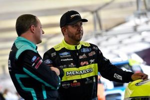 Matt Crafton, ThorSport Racing, Ford F-150 Chi-Chi's/Menards y Johnny Sauter, ThorSport Racing, Ford F-150