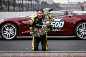 Simon Pagenaud, Team Penske Chevrolet, Victory Lane, Corvette Pace Car