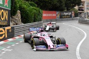 Sergio Pérez, Racing Point RP19, Kimi Raikkonen, Alfa Romeo Racing C38