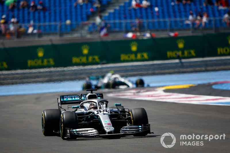 Lewis Hamilton, Mercedes AMG F1 W10, Valtteri Bottas, Mercedes AMG W10