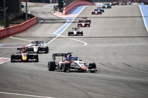 Logan Sargeant, Charouz Racing System y Ayumu Iwasa, Hitech Grand Prix