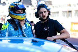 #25 Huber Motorsport Porsche 911 GT3 R: Nico Menzel