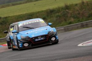 Chris Smiley, Excelr8 Trade Price Cars Hyundai i30 Fastback N Performance