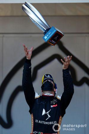 Antonio Felix Da Costa, DS Techeetah, 1st position, throws his trophy on the podium