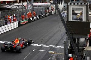 Race winner Max Verstappen, Red Bull Racing RB16B
