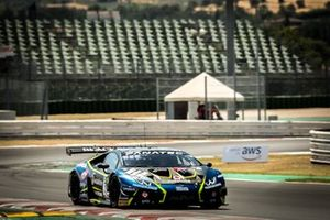 #77 Barwell Motorsport Lamborghini Huracan GT3 Evo: Miguel Ramos, Henrique Chaves