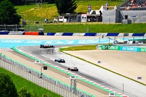Antonio Giovinazzi, Alfa Romeo Racing C41, George Russell, Williams FW43B, and Kimi Raikkonen, Alfa Romeo Racing C41