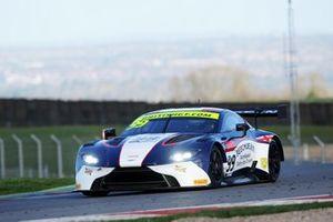 #99 Beechdean AMR Aston Martin V8 Vantage GT3: Andrew Howard, Marco Sørensen