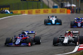 Daniil Kvyat, Toro Rosso STR14, leads Antonio Giovinazzi, Alfa Romeo Racing C38, George Russell, Williams Racing FW42, and Alexander Albon, Toro Rosso STR14