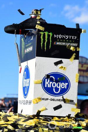 Lenkrad von 1. Joey Logano, Team Penske, Ford Mustang Pennzoil