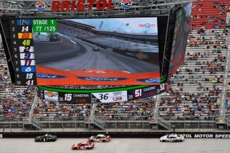 Kurt Busch, Chip Ganassi Racing, Chevrolet Camaro Monster Energy and Kyle Busch, Joe Gibbs Racing, Toyota Camry Snickers