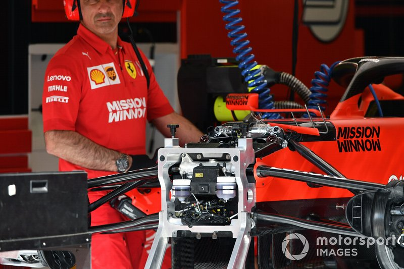 Ferrari SF90 front suspension