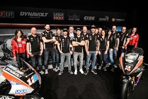 Marcel Schrotter, Intact GP, Thomas Luthi, Intact GP, Jesko Raffin, Intact GP with the team members