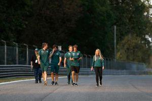 Sebastian Vettel, Aston Martin track walk with the crew