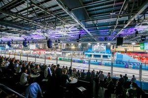 Een blik op het circuit, podium