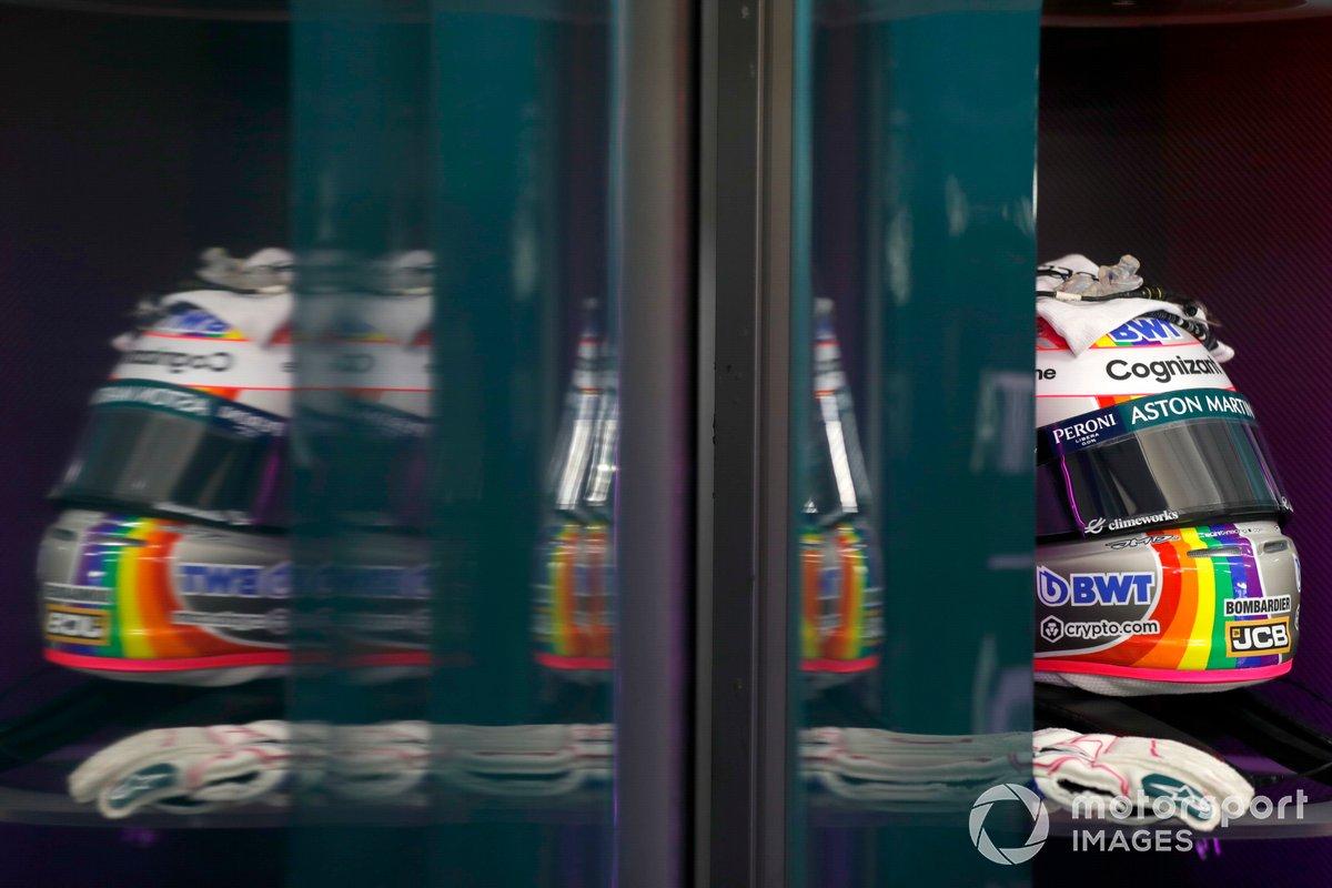 Casco de Sebastian Vettel, Aston Martin