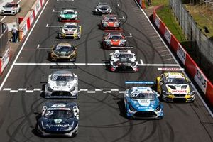 Alex Albon, AF Corse Ferrari 488 GT3 Evo, Philip Ellis, Mercedes AMG Team Winward Mercedes AMG GT3, Sheldon van der Linde, ROWE Racing BMW M6 GT3