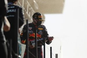 Max Verstappen, Red Bull Racing, 1st position, sprays Champagne from the podium