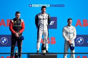Oliver Rowland, Nissan e.Dams, 2e plaats, Norman Nato, Venturi Racing, 1e plaats, Stoffel Vandoorne, Mercedes-Benz EQ, 3e plaats, op het podium