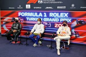 Valtteri Bottas, Mercedes, Pole Sitter Lewis Hamilton, Mercedes and Max Verstappen, Red Bull Racing in the Press Conference