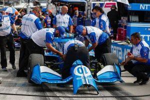 Alex Palou, Chip Ganassi Racing Honda, crew members