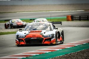 #32 Team WRT Audi R8 LMS GT3: Charles Weerts, Dries Vanthoor, Robin Frijns