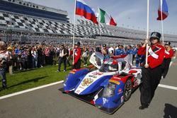 Ganador de la pole #37 SMP Racing BR01 Nissan: Maurizio Mediani, Nicolas Minassian, Mikhail Aleshin,