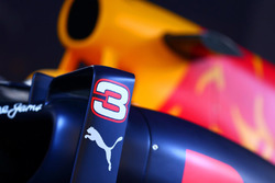 Red Bull Racing RB12 livery detail