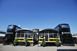 Motorhome, Renault Sport F1 Team im Fahrerlager