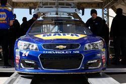 Chase Elliott, Hendrick Motorsports Chevrolet, bei der technischen Abnahme