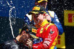 Pierre Gasly, PREMA Racing; Jordan King, Racing Engineering