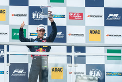 Podium: Sérgio Sette Câmara, Motopark Dallara F312 - Volkswagen