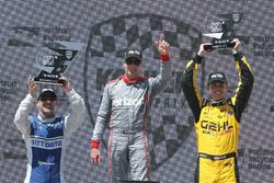Podium: race winner Will Power, Team Penske Chevrolet, second place Tony Kanaan, Chip Ganassi Racing Chevrolet, third place Graham Rahal, Rahal Letterman Lanigan Racing Honda
