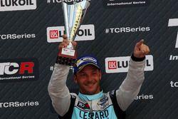 Podium: second place Jean-Karl Vernay, Leopard Racing, Volkswagen Golf GTI TCR