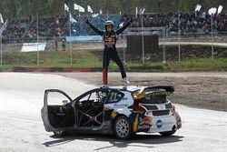 Kevin Hansen, Peugeot Hansen Academy