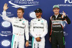 Le poleman Lewis Hamilton, Mercedes AMG F1 Team, le deuxième, Nico Rosberg, Mercedes AMG F1 Team, le troisième, Nico Hülkenberg, Sahara Force India
