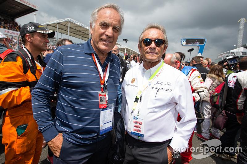 Dibujante Técnico de Motorsport.com Giorgio Piola con Jacky Ickx