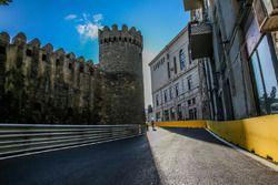 Le virage 10 avec le château