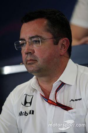 Eric Boullier, McLaren Racing Director, tijdens de FIA-persconferentie