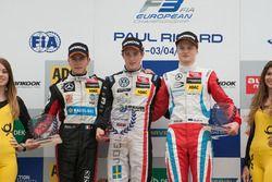 Podium des rookies : le deuxième, Anthoine Hubert, Van Amersfoort Racing Dallara F312 – Mercedes-Benz; le vainqueur Joel Eriksson, Motopark Dallara F312 – Volkswagen; le troisième, Ralf Aron, Prema Powerteam Dallara F312 – Mercedes-Benz