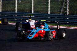 Richard Gonda, Jenzer Motorsport devance Artur Janosz, Trident