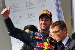 Podio: tercero Daniel Ricciardo, Red Bull Racing