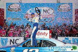 Race winner Joey Logano, Ford