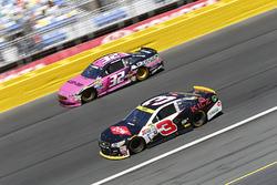 Austin Dillon, Richard Childress Racing Chevrolet, Jeffrey Earnhardt, Go Green Racing Ford