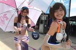 Hot Eva Racing girls