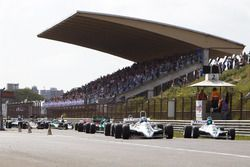 Start van de FIA Masters Historic Formula One Championship