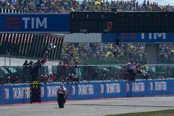 Dani Pedrosa, Repsol Honda Team se lleva la bandera a cuadros