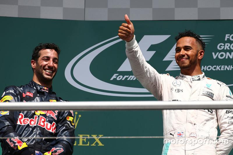 A F1 agora descansa até o dia 28 de agosto, quando volta com o GP da Bélgica. Será que Hamilton e Ricciardo estão ansiosos pelas férias?
